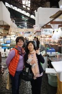 Yukari at Tsukiji with Mika